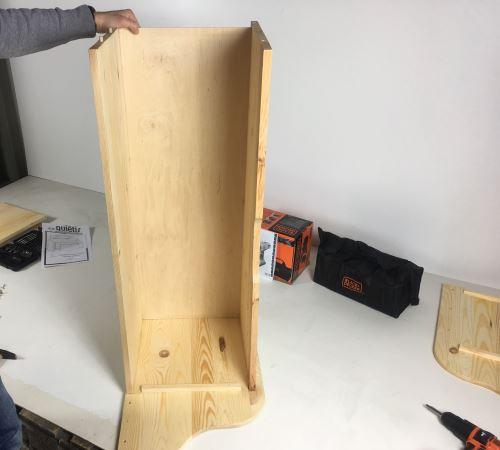Pannello forntale e fondo della cassapanca